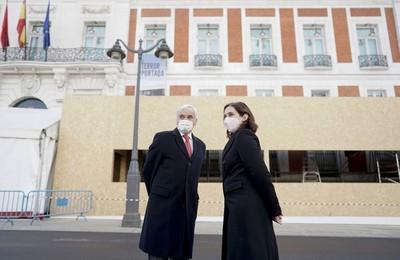 https://pozueloin.es/media/noticias/fotos/pr/2020/11/24/el-tradicional-belen-de-la-puerta-del-sol-estara-ubicado-este-ano-en-el-exterior-de-la-real-casa-de-correos_thumb.jpg