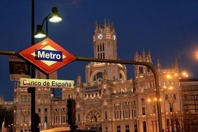 https://pozueloin.es/media/noticias/fotos/pr/2021/05/07/Madrid-noche-portada_thumb.jpg