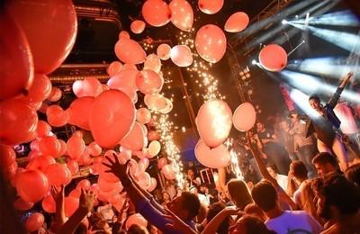 https://pozueloin.es/media/noticias/fotos/pr/2021/09/18/el-gran-superdomingo-festivo-ya-esta-aqui_thumb.jpg